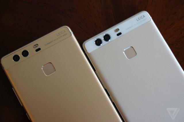 Đặc biệt, Huawei P9 được trang bị cụm camera kép 12 MP ở mặt lưng.