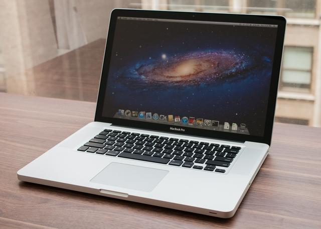 MacBook Pro không có màn hình Retina sẽ sớm bị khai tử.
