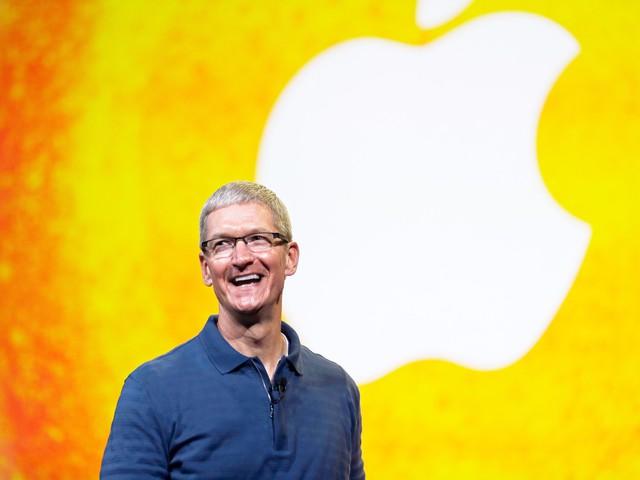 Khuôn mặt rạng ngời của CEO Tim Cook báo hiệu cho sự thay đổi từ Apple?