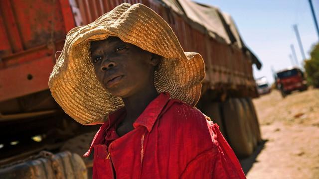 Trẻ em tại các nước nghèo trở thành nạn nhân bị bóc lột sức lao động.