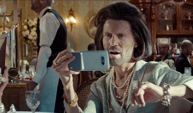 Diễn viên nổi tiếng Jason Statham trong quảng cáo điện thoại thông minh LG G5