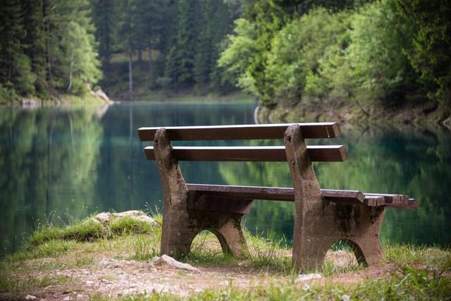 Vào cuối thập niên 90, Liên minh vì thiên nhiên (Alliance For Nature) đã khởi động một sáng kiến đưa hồ Green Lake vào diện chính thức được bảo hộ pháp lí nhằm mục đích bảo tồn khu vực xung quanh hồ.