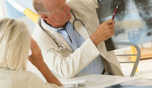 Dù bạn không hút thuốc lá nhưng ung thư phổi vẫn có thể tìm đến bạn qua chế độ ăn uống.
