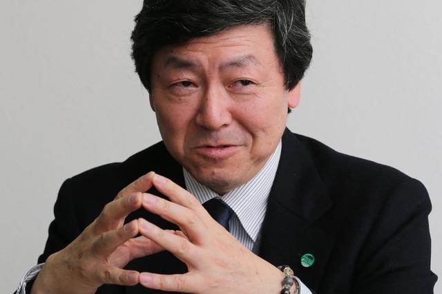 Ông Katsumi Adachi. Ảnh Bloomberg