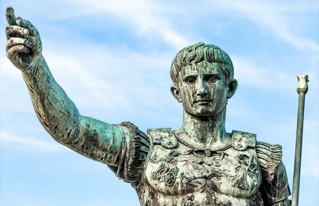 Chân dung Caesar Augustus