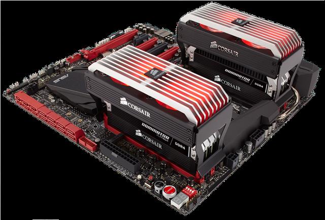 8 thanh Corsair Dominator Platinum 32 GB (4 GB x 8) DDR4-2666 lắp trên bo mạch chủ ASUS RoG Rampage V Extreme.