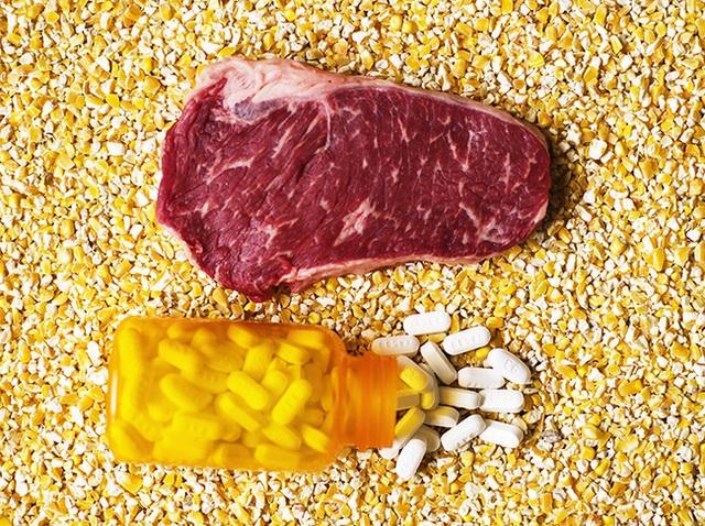 Mỗi chúng ta đều đang ăn thịt có dư lượng kháng sinh hàng ngày