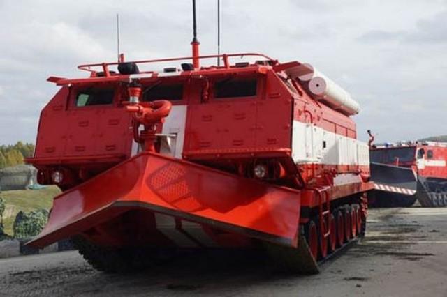 SPM - xe cứu hỏa đặc biệt được sản xuất bởi Công ty cổ phần Omsktransmash