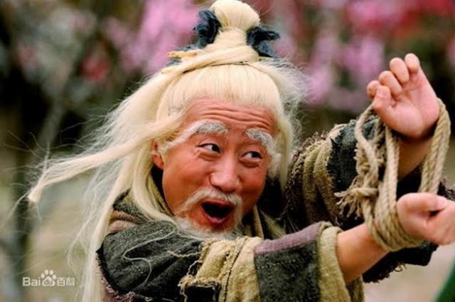 Nếu không có Quách Tỉnh gợi ý, Chu Bá Thông chẳng bao giờ nghĩ đến việc dùng Song Thủ Hỗ Bác để chiến đấu.