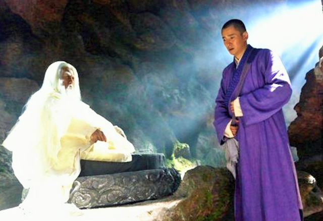 Hư Trúc miễn cưỡng phải nhận 70 năm công lực của Vô Nhai Tử, đồng thời phải trở thành chưởng môn phái Tiêu Dao.