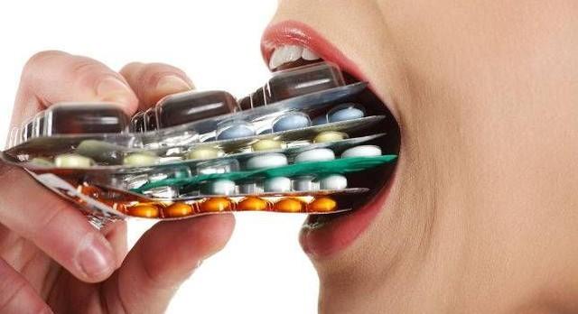 Con người đã và đang lạm dụng thuốc kháng sinh