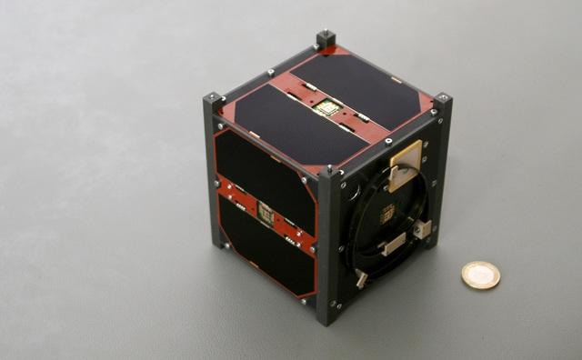 Vệ tinh tí hon mang tên CubeSat.