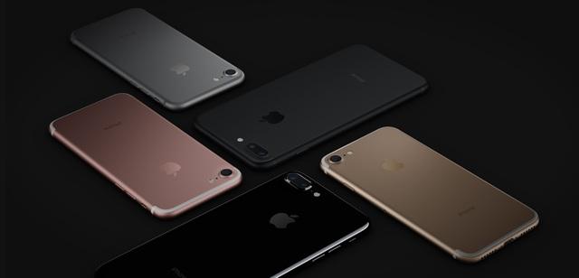 iPhone 7 màu Jet Black có một vẻ ngoài hoàn toàn khác biệt so với các màu còn lại