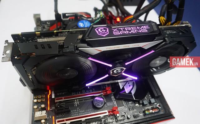 GTX 1080 Xtreme Gaming lên đèn, tuyệt đẹp.