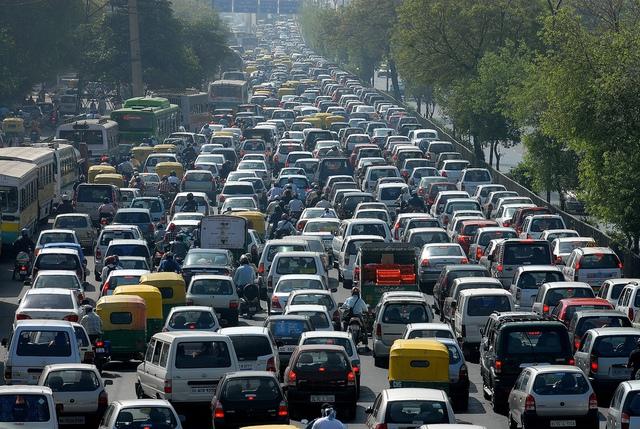 Kẹt xe là vấn đề nhức nhối của nhiều quốc gia.