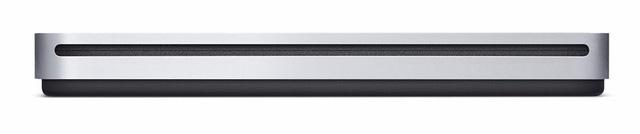 Người dùng sẽ phải mua ổ quang gắn ngoài (giá 99 USD) để sử dụng với MacBook Air