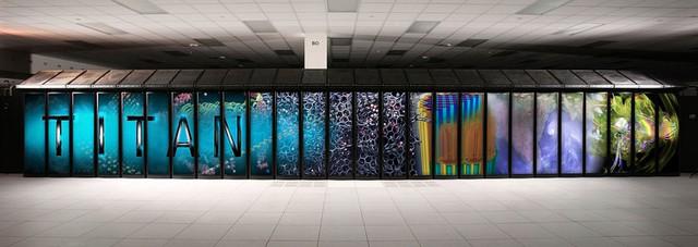 Siêu máy tính Titan tại Phòng thí nghiệm Quốc gia Oak Ridge của Mỹ.
