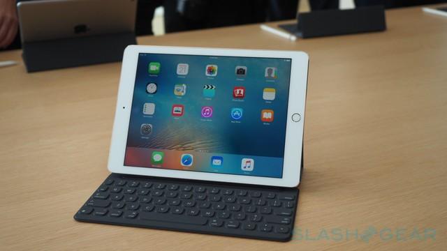 Đây là chiếc iPad Pro màn hình 9,7 inch của chúng ta.