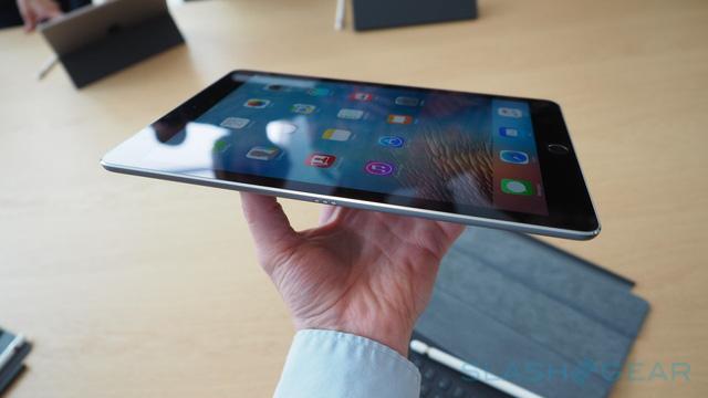 Độ mỏng của chiếc iPad Pro mới là không cần phải bàn cãi.