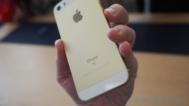 Apple sinh ra iPhone SE 16 GB, sao còn trang bị cho máy camera quay video 4K?