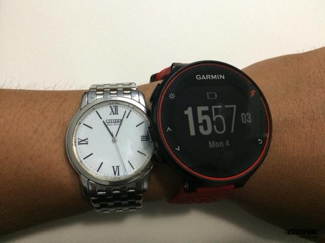 So sánh với mặt đồng hồ khác.