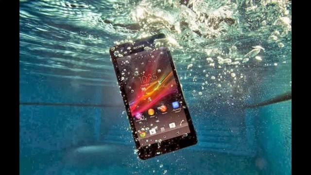 Sony Z3, chiếc smartphone cũng đạt tiêu chuẩn IP68.