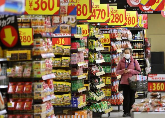 Vì mua nhiều hơn trong đợt giảm giá, bạn cũng sẽ ăn nhiều hơn