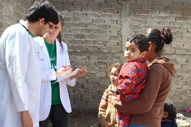 Công tác chăm sóc y tế cho nhóm thu nhập thấp đang được quan tâm hơn tại nhiều quốc gia trên thế giới