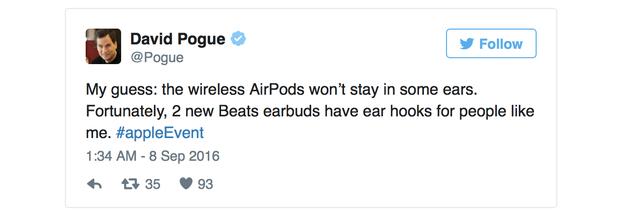 Phán đoán của tôi: AirPods sẽ không vừa với mọi tai. May mắn là 2 tai nghe mới của Beats có móc để giữ trong tai.
