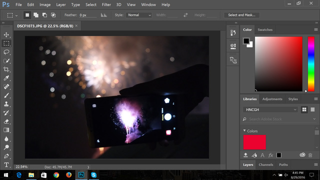 Khi để mức scale 150%, thanh công cụ của Photoshop chiếm một diện tích lớn khiến quá trình làm việc rất khó khăn