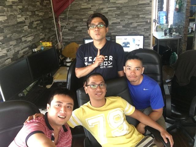 Những chàng trai Việt tài năng ở Pine Entertainment
