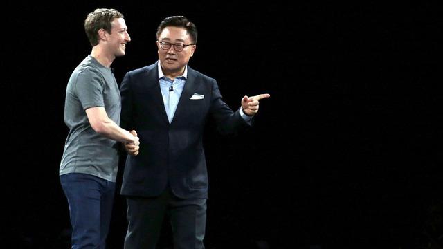 Zuckerberg xuất hiện tại màn ra mắt S7 của Samsung.