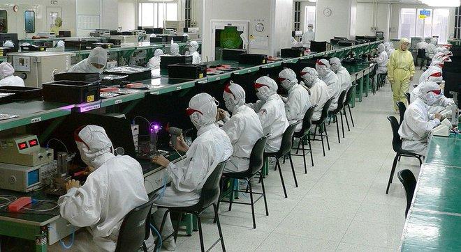 Một cơ sở sản xuất linh kiện điện tử tại Thân Quyến, Trung Quốc