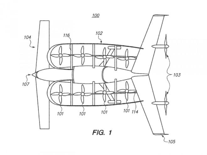 Các cánh quạt ở dọc thân xe bay giúp nó có thể cất cánh theo phương đứng.