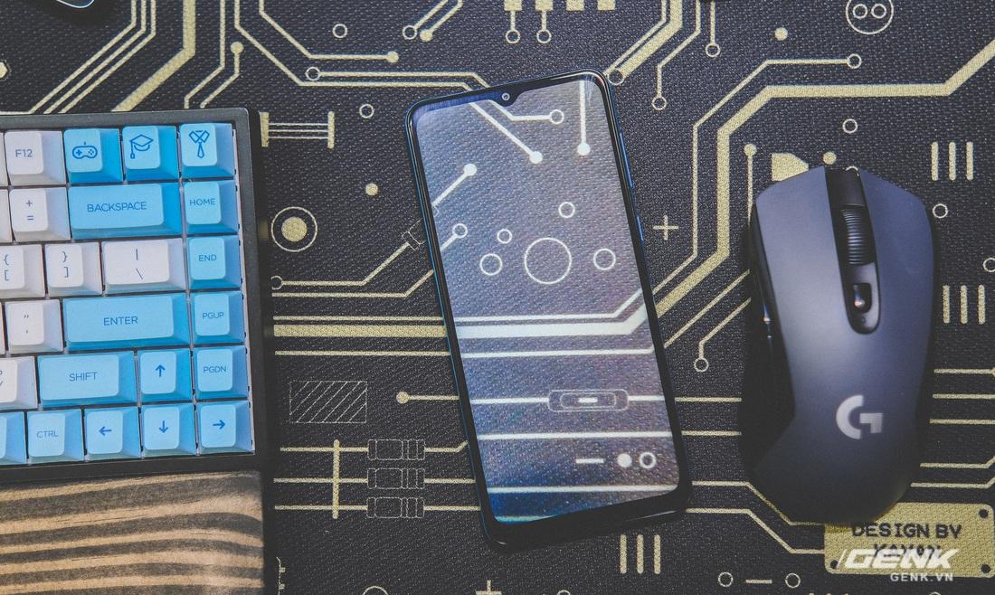 Có mức giá chỉ hơn 2 triệu đồng, Samsung Galaxy M02 liệu có đáng mua?