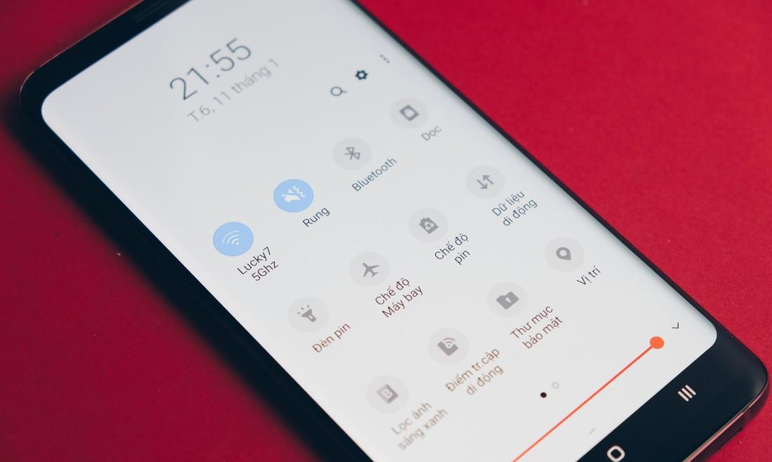 So sánh giao diện Samsung Experience (Android 8) và One UI (Android 9): Lột xác hoàn toàn!