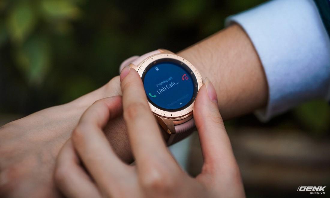 Trải nghiệm những tính năng thông minh trên Galaxy Watch: Nhiều quá dùng không xuể!