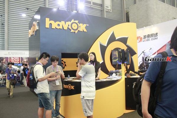 Cận cảnh những gian hàng tại ChinaJoy 2013 53