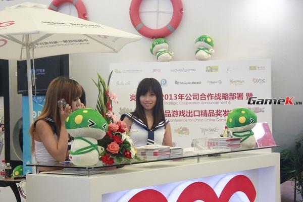 Cận cảnh những gian hàng tại ChinaJoy 2013 25