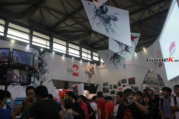 Cận cảnh những gian hàng tại ChinaJoy 2013 4