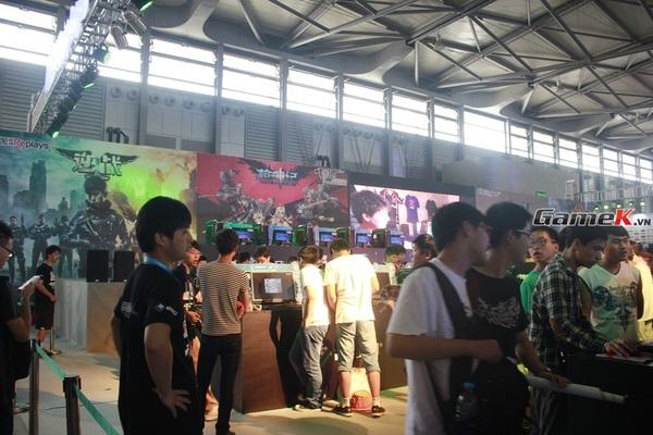 Cận cảnh những gian hàng tại ChinaJoy 2013 8