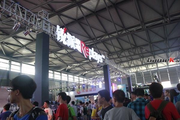 Cận cảnh những gian hàng tại ChinaJoy 2013 9