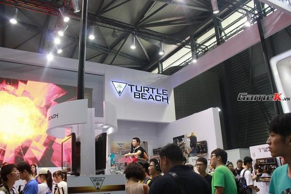 Cận cảnh những gian hàng tại ChinaJoy 2013 19