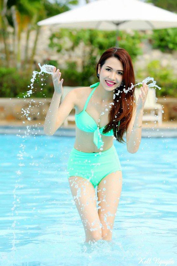 Những bộ ảnh cực nóng bỏng đang gây sốt cho game thủ Việt 1
