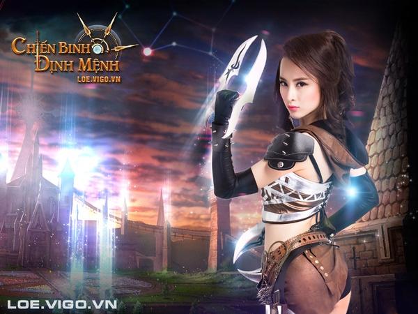 Angela Phương Trinh nóng bỏng với cosplay game 16+ Chiến Binh Định Mệnh 11