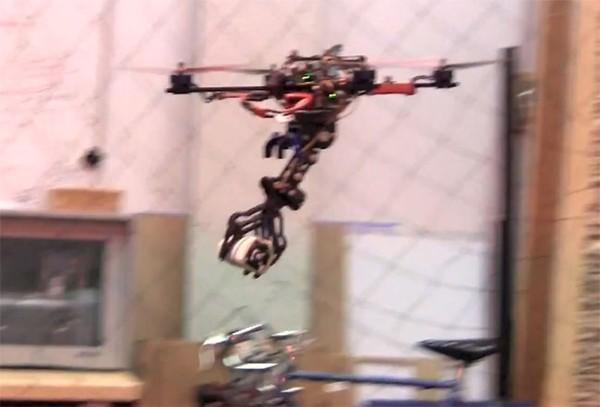 Robot săn mồi lấy cảm hứng từ đại bàng 1