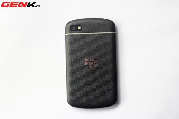 BlackBerry Q10 về Việt Nam: Màn hình vuông, bàn phím lớn nhất từ trước tới nay 2