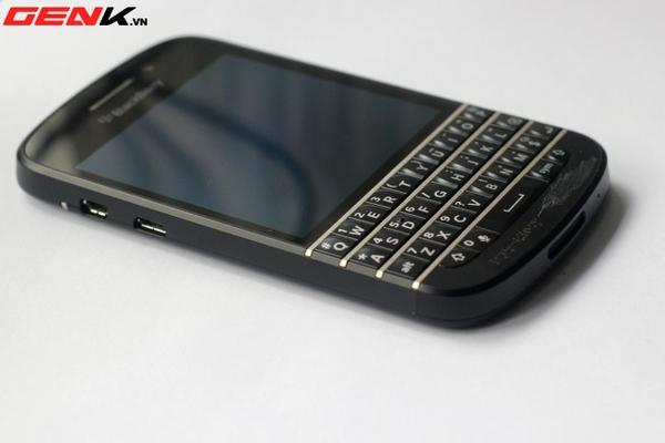 BlackBerry Q10 về Việt Nam: Màn hình vuông, bàn phím lớn nhất từ trước tới nay 10