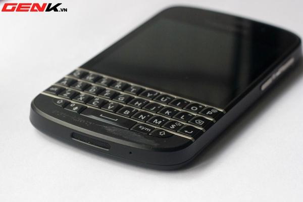 BlackBerry Q10 về Việt Nam: Màn hình vuông, bàn phím lớn nhất từ trước tới nay 13