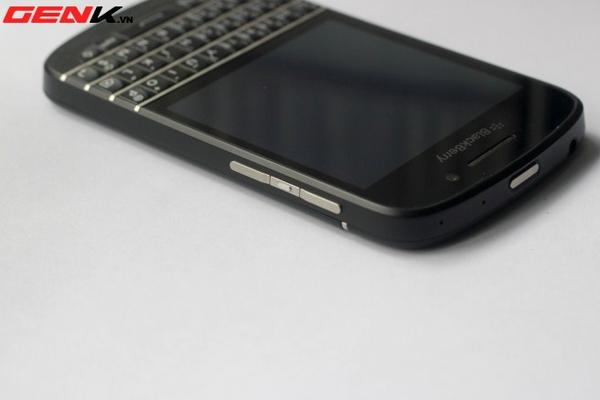 BlackBerry Q10 về Việt Nam: Màn hình vuông, bàn phím lớn nhất từ trước tới nay 15